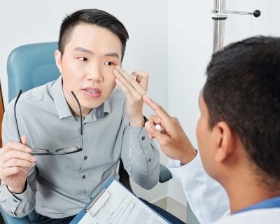 How to Handle Common Eye Injuries?